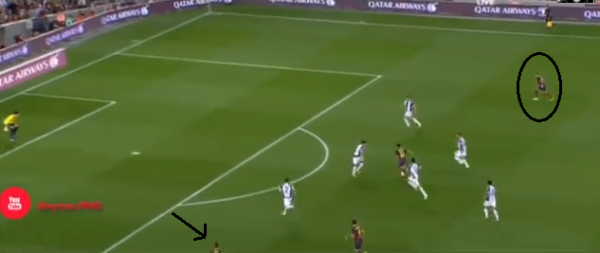 Neymar's burst of speed through the middle draws the attention of the defense & creates space out wide for Alexis & Tello, whose head you can just see in the picture. Does this remind anyone of Messi's bursts of speed through the middle?